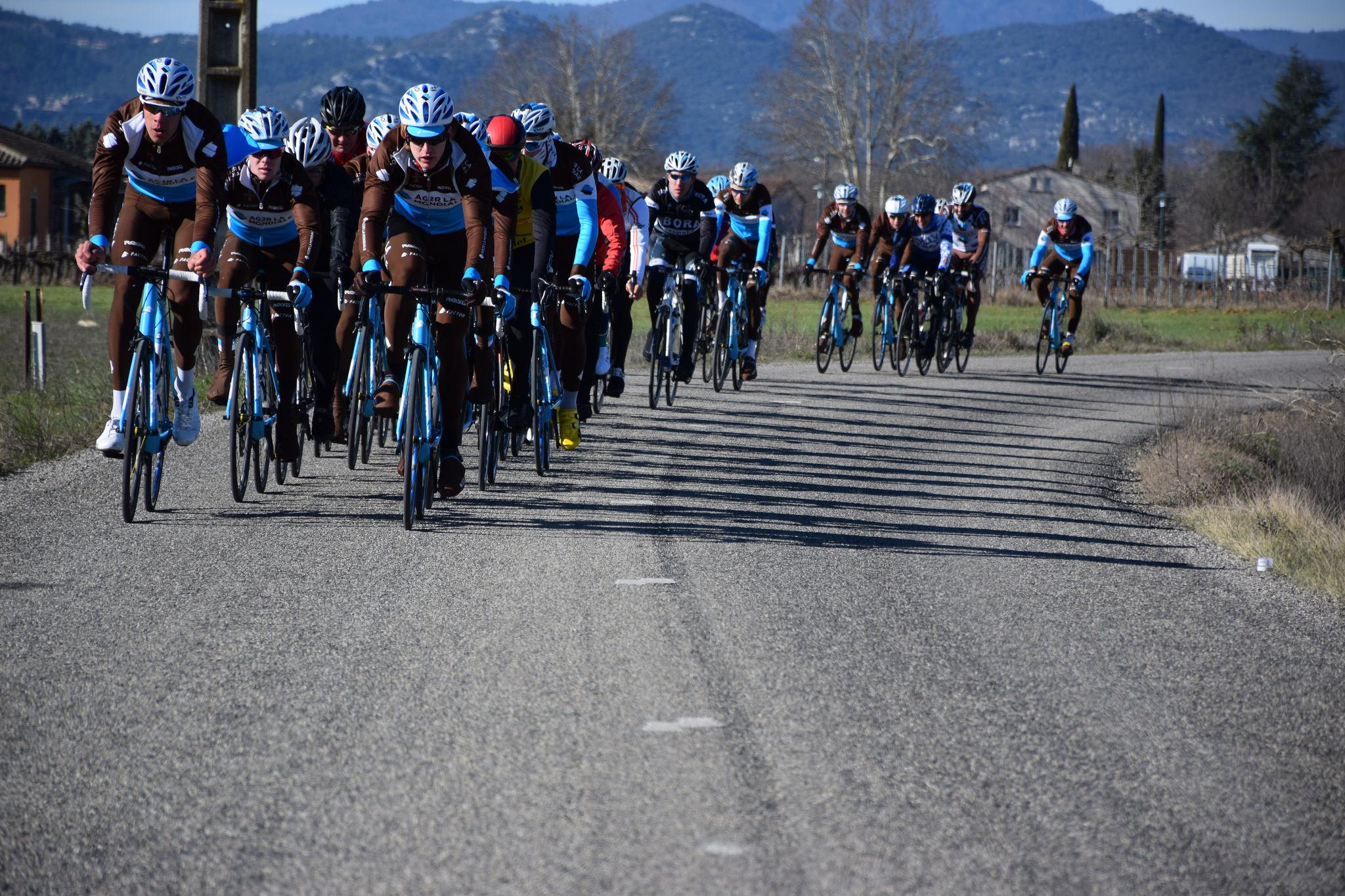 Stage cycliste à Vogüé avec AG2R Citroën U23 Team